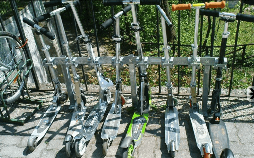 Kickboardständer7-compressor