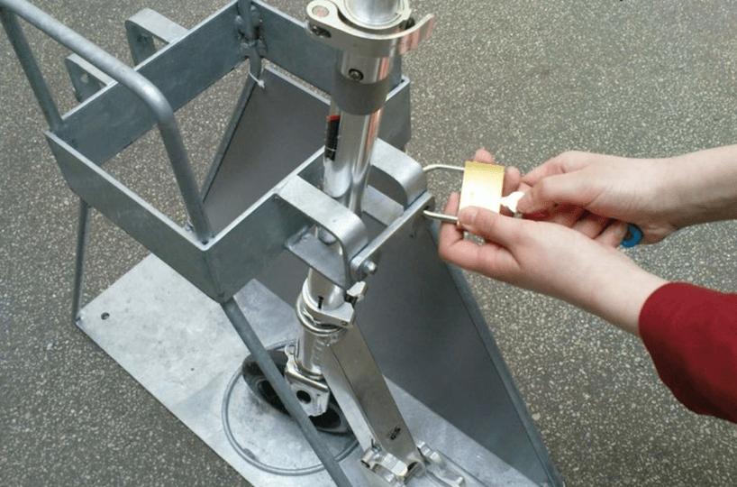 Kickboardständer10-compressor