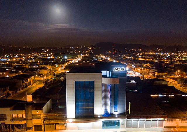 Edificio AC - Fachada (2) Web.jpg