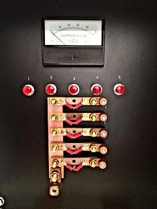 Caja de conexiones / shunt de 50 amp. / 50 mv