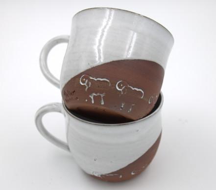 Tassen mit Schaf 19,-/Stück