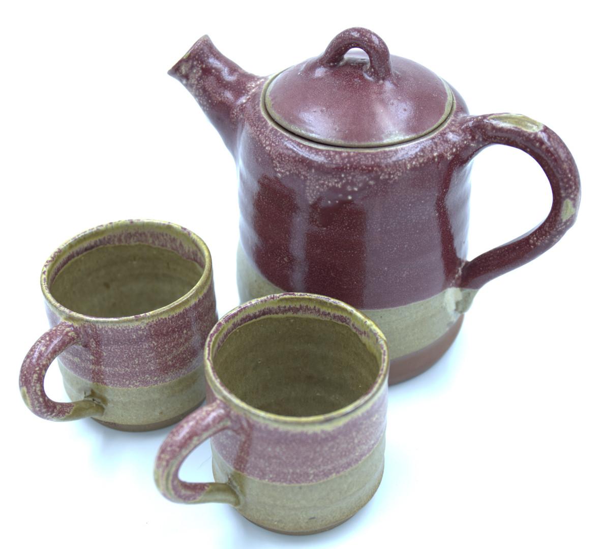 Teekanne mit 2 Tassen, 75,-/Set