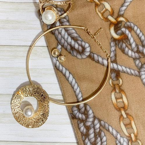 Darla (necklace & earring set )