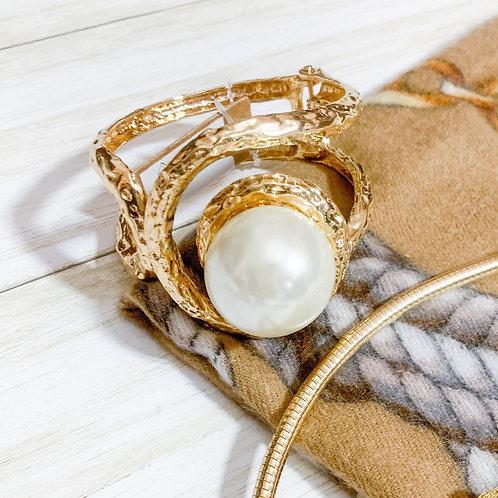 Darla Bracelet  in Gold