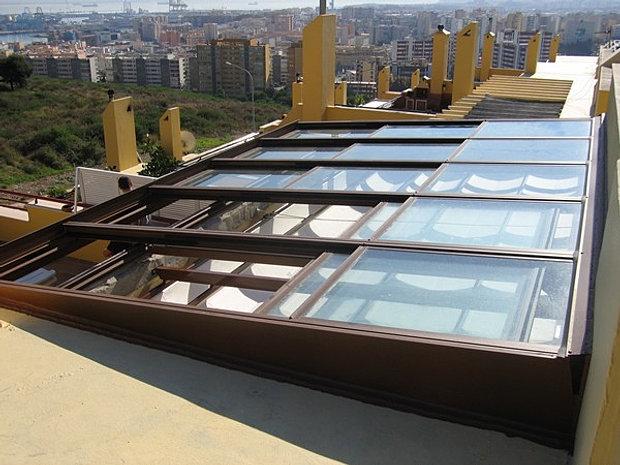 Attractive Retractable Skylight/Roofing