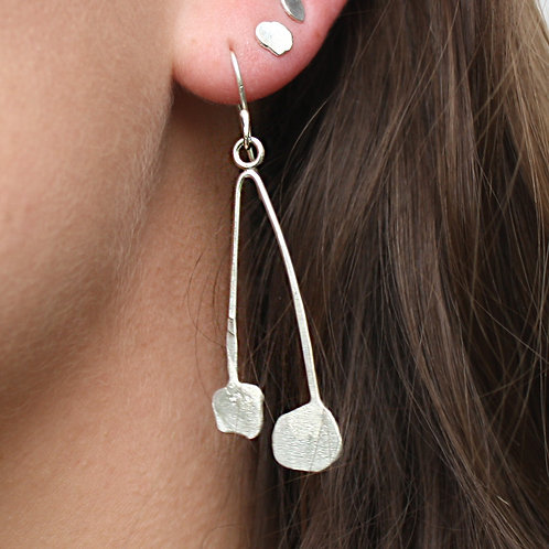 "Kyra Hodes- ""Calder Drop Earrings"""