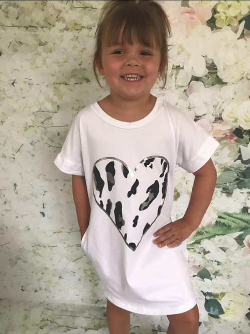 White heart T-shirt Dress