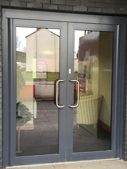 Door-Commercial-Hardware-Door-Closers.jp