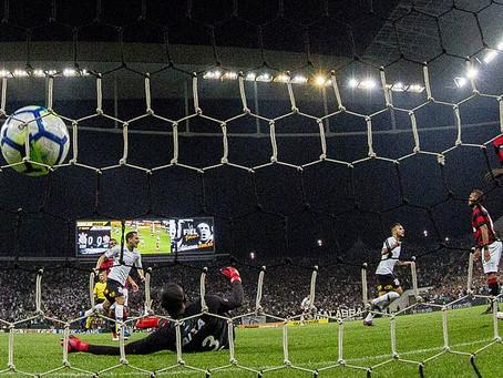Vitória perde para o Corinthians e está fora da Copa do Brasil