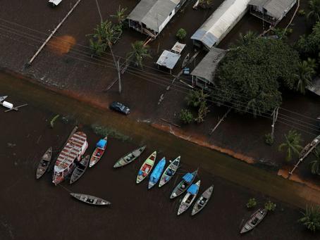Rio Negro registra a maior cheia da história