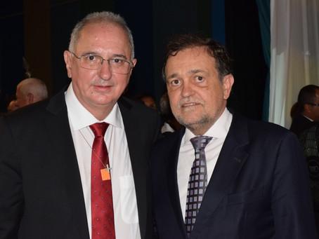 Reitor e vice da Uneb tomam posse para mandato de quatro anos