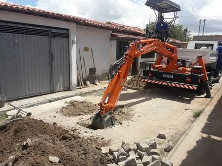 Embasa investe no esgotamento sanitário de Feira de Santana