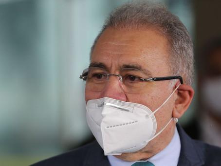 Queiroga enfim toma posse como ministro da Saúde