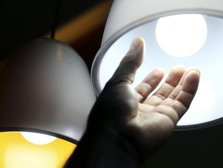Corte de luz por inadimplência é suspenso até setembro