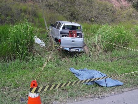 Três morrem em acidente na BR 324