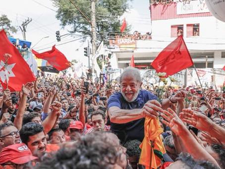 Defesa de Lula recorre ao STJ e STF para que ele não fique inelegível