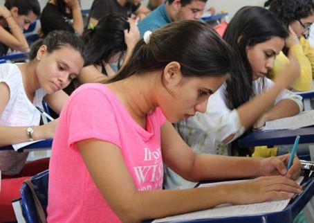 Estado facilita conclusão do Ensino Médio para quem ia terminar em 2020