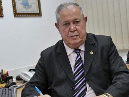 Nepotismo rende ação do Ministério Público contra prefeito de Teixeira de Freitas