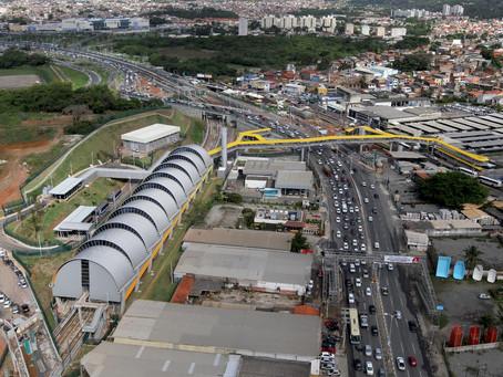 Metrô inaugura estação no aeroporto