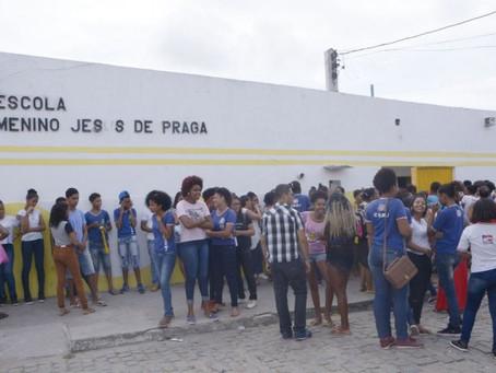 Pais querem impedir fechamento de escola estadual no Sobradinho