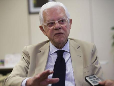 """Conta de luz é uma """"caixa preta"""", segundo o ministro Moreira Franco"""