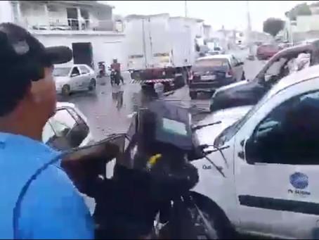 Caminhoneiros expulsam equipe da TV Subaé e pedem ditadura