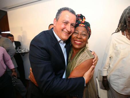 Arany Santana empossada na secretaria de Cultura