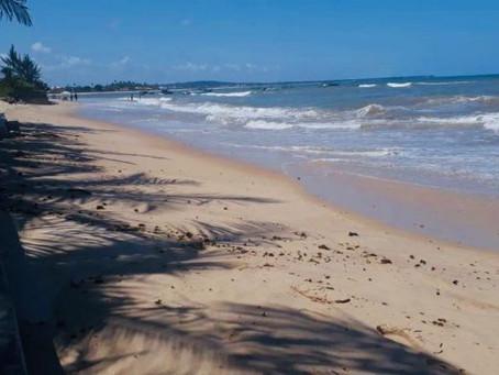 Praia de Itacimirim ganha selo Bandeira Azul