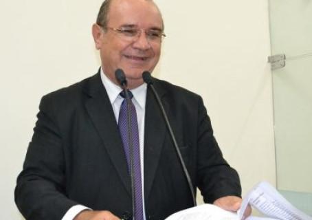 Liminar da Justiça suspende o concurso da Câmara de Feira de Santana