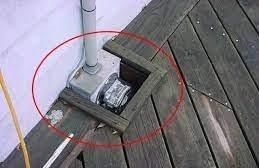 gas meter, deck built around gas meter, improper deck, deck builder, bad decks, summit outdoor designs, summit designs, outdoor designs
