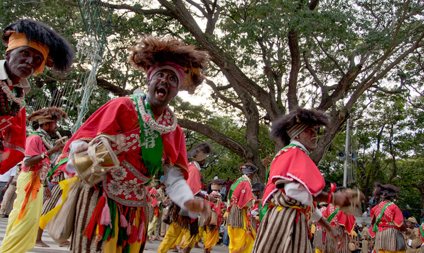 Indian Tribal Dancers 2
