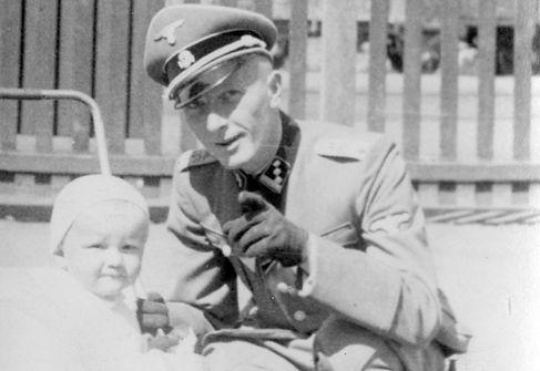 Adolf Dickmann.jpg