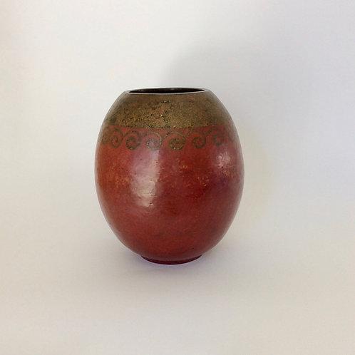 Claudius Linossier Art Deco Dinanderie Copper Vase , circa 1930, France.