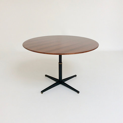 Osvaldo Borsani T 41 Rosewood Adjustable Dining Table, 1958, Italy.