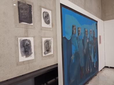 Ensemble galerie de portraits et toile 250cmx220cm