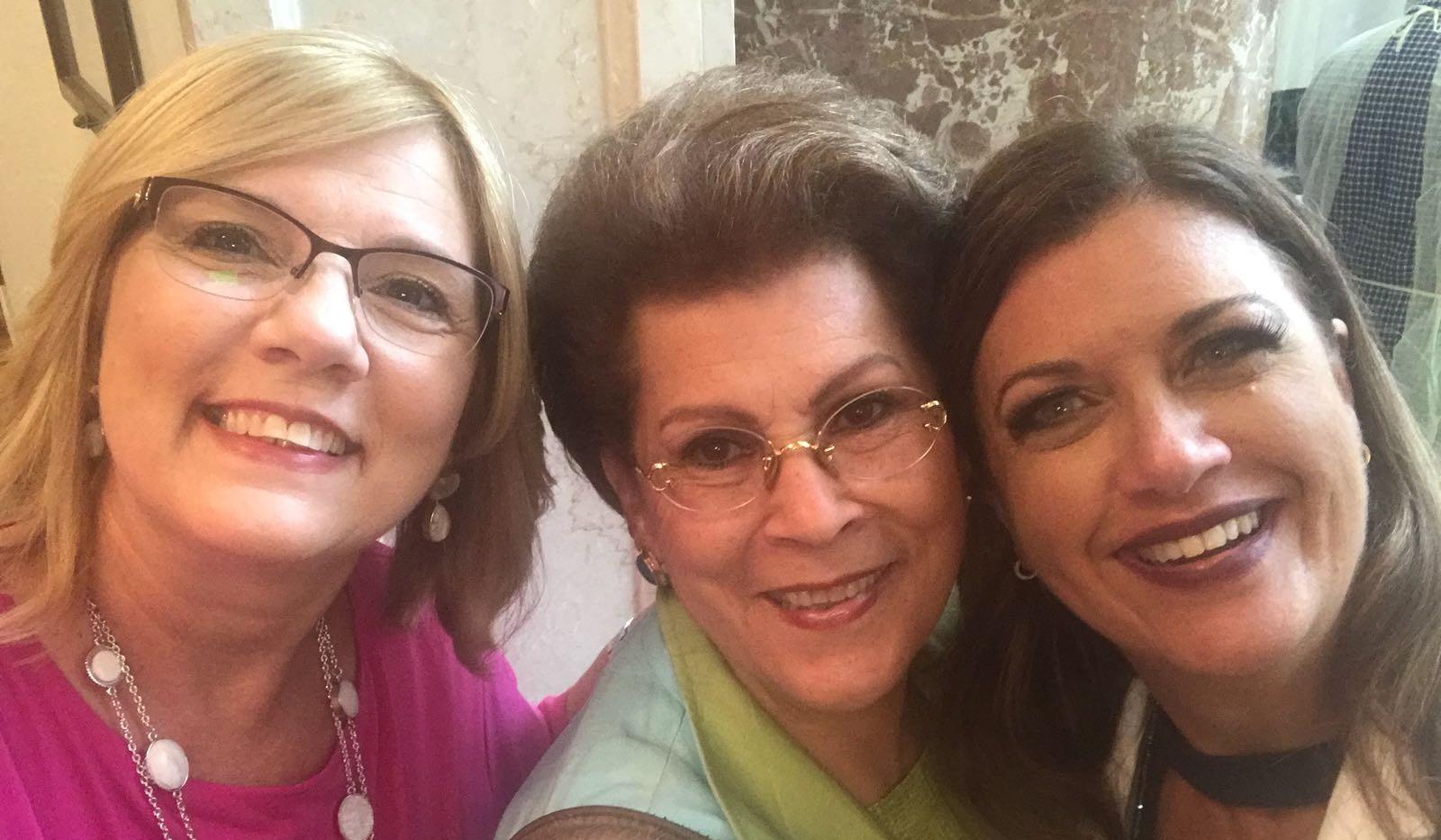 Lilly, Dra Novello & Dra Elba Diaz.jpg