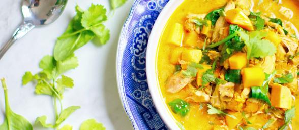 Thai green chicken & veg curry