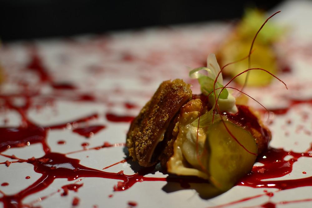 Pekinese dumplings with strawberry sauce