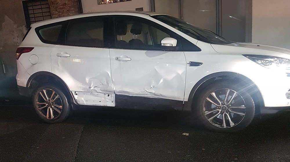 White Ford Kuga smashed doors