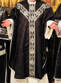 Black & Silver Damask Mass Set