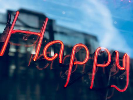 Si sientes que no eres feliz, no cambies tú, cambia lo que haces con ese tú.