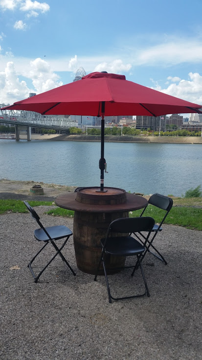 Barrel Table with Umbrella