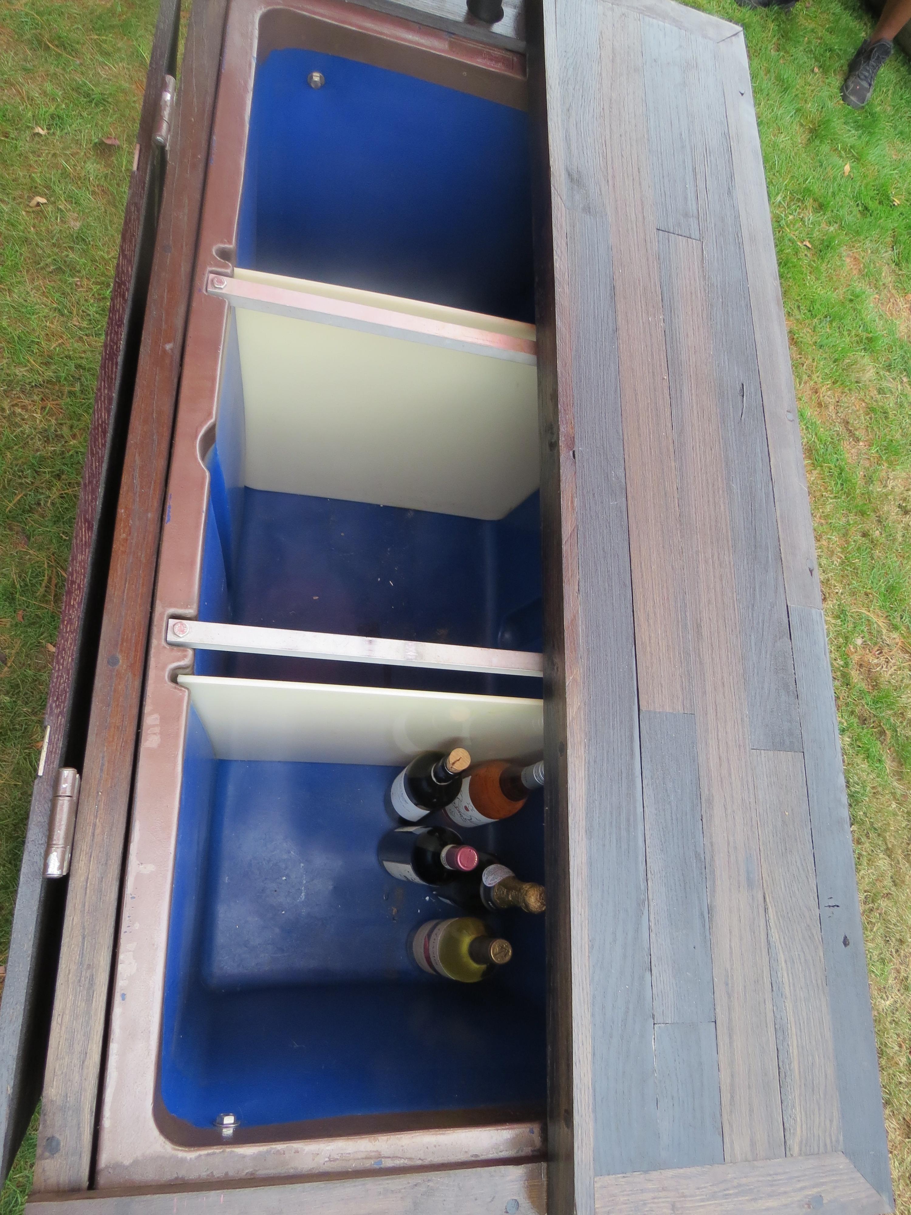 Vineyard Beverage Cart - Inside