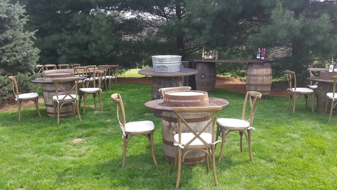 Barrel Tables & Chairs