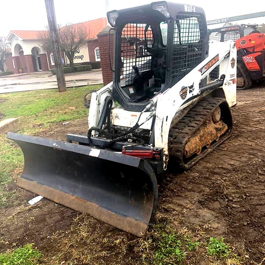 Bobcat 60hp Skid with Dozer Blade