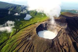 volcan-rincon-de-la-Vieja 1.jpg