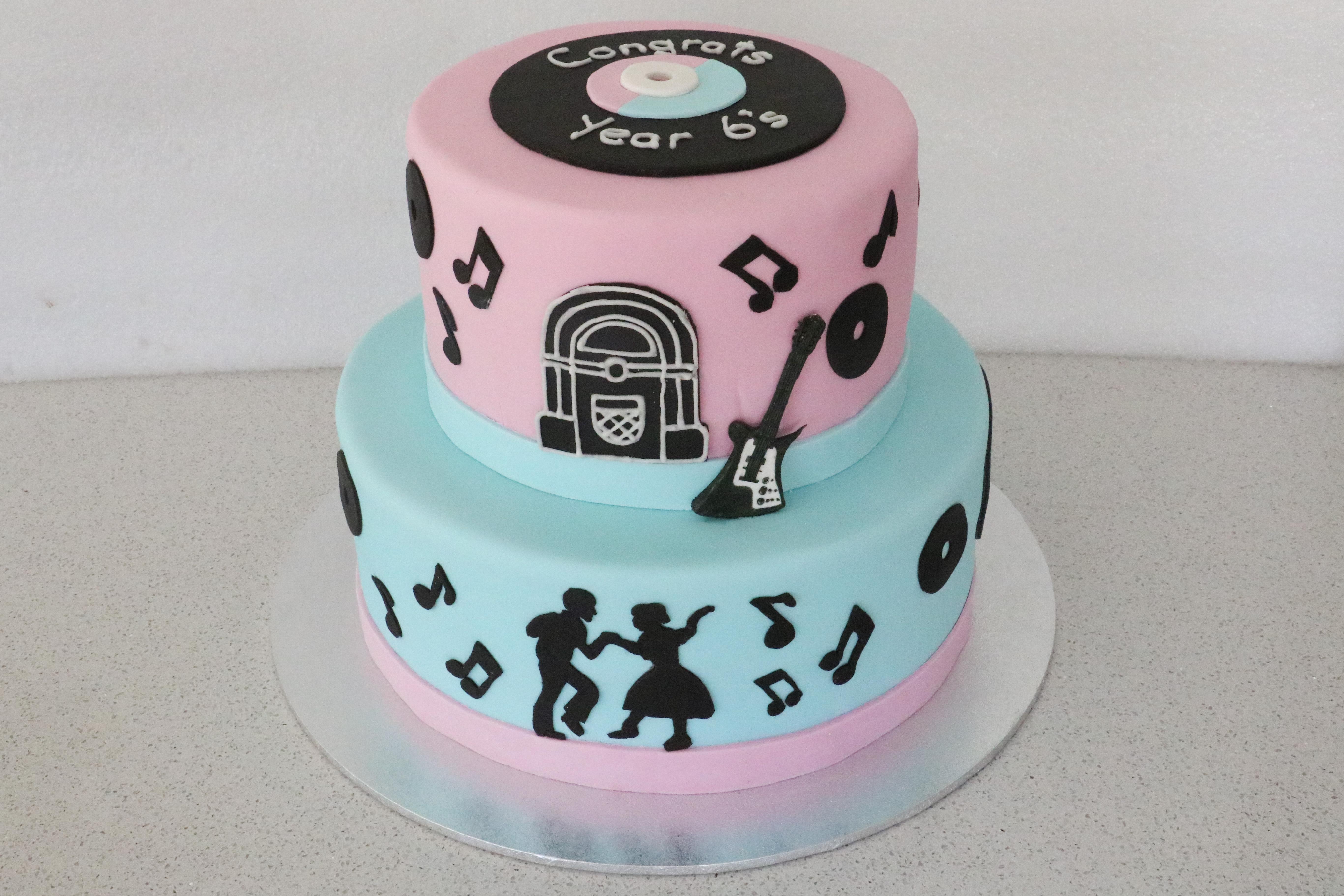 50s Rock n Roll Cake
