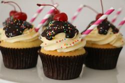 Chocolate Sundae Cupcakes