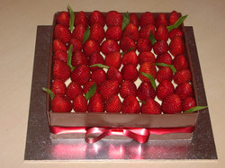 Strawberry Christmas Cake