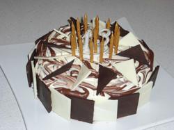 Choc-Vanilla Marbled Cake
